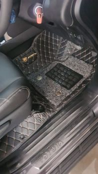 Coozo 7D Car Mats For Toyota Innova Crysta 2021-2023 (Black)